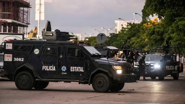 Oraș sub asediu după arestarea fiului lui El Chapo. S-au dus lupte ca în filme pentru a-l elibera - Imaginea 11