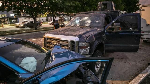 Oraș sub asediu după arestarea fiului lui El Chapo. S-au dus lupte ca în filme pentru a-l elibera - Imaginea 7