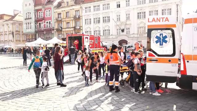 Ziua funcționarilor, sărbătorită printr-o adevărată desfășurare de forțe la Timișoara - Imaginea 5