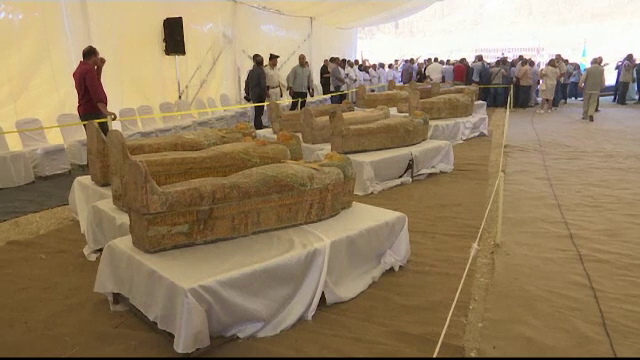 Descoperire fascinantă în Egipt: 30 de sarcofage cu o vechime de peste 2000 de ani - Imaginea 1