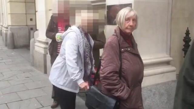 O bătrână a întreținut relații sexuale cu minori timp de 30 de ani. Cum îi ademenea