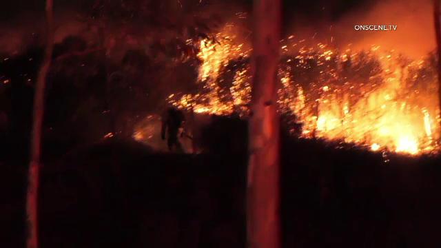 Imagini apocaliptice în California. Incendiile de vegetație au mistuit totul în cale - Imaginea 3