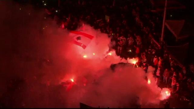 Libanezii continuă protestele declanșate după anunțarea taxelor pe WhatsApp - Imaginea 3