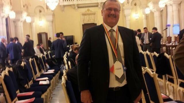 Cine este John Ion Banu, românul cu nume de american care vrea să fie președinte - Imaginea 5