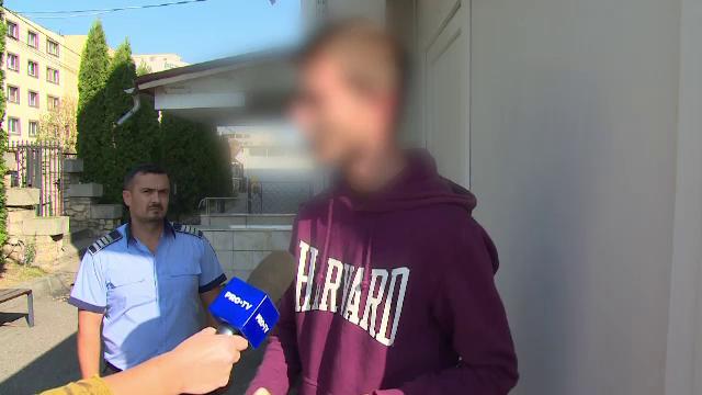 A reclamat la 112 că a fost răpit dar poliția l-a găsit acasă. Explicația lui: \