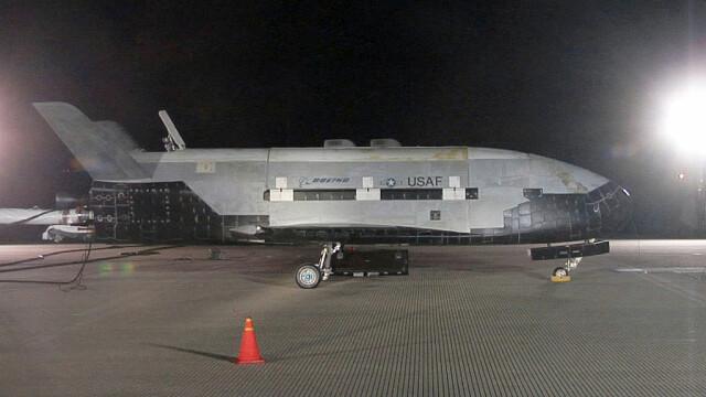Avion spațial misterios, la finalul unei misiuni secrete. Ce record a doborât - Imaginea 7