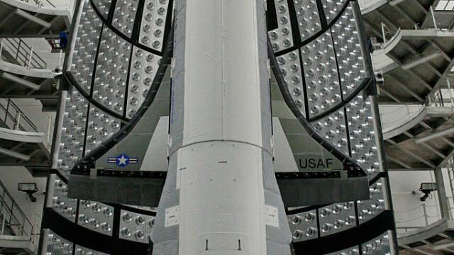 Avion spațial misterios, la finalul unei misiuni secrete. Ce record a doborât - Imaginea 4