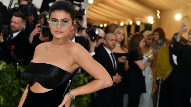 Cu cine a fost văzută Kylie Jenner. Fanii au rămas muți de uimire - Imaginea 2