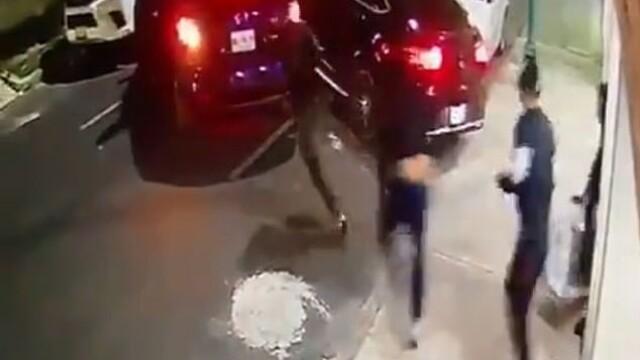 Mai mulți agresori au încercat să răpească un bărbat din fața casei. Cum a scăpat