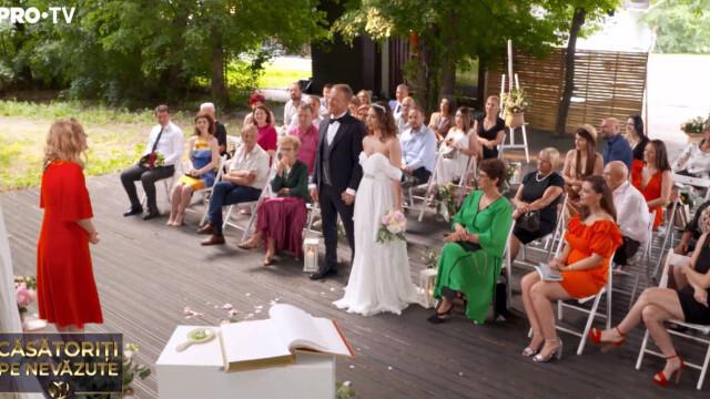 """""""Căsătoriți pe nevăzute"""". Miresei i s-a făcut rău după ceremonie: """"Sunt debusolată"""" - Imaginea 2"""