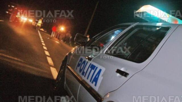 S-a infipt cu automobilul drept in masina politiei!