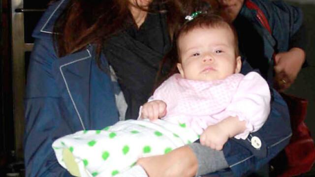 Jessica Alba si bebelusul