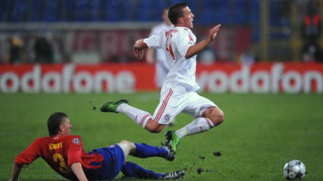 Goian il deposedeaza pe Lukas Podolski