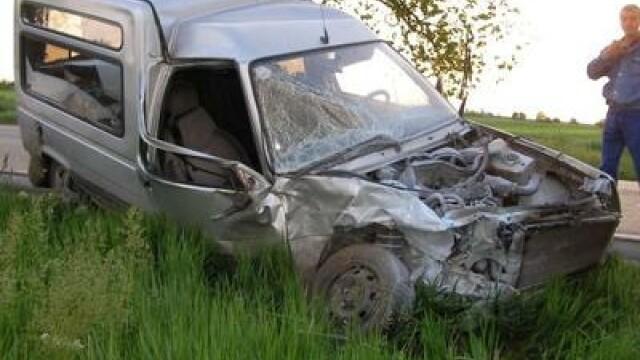 Doi morti si un ranit intr-un accident violent pe soselele din Zalau