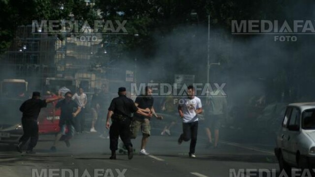 Budapesta: confruntari violente intre politisti si extremistii de dreapta