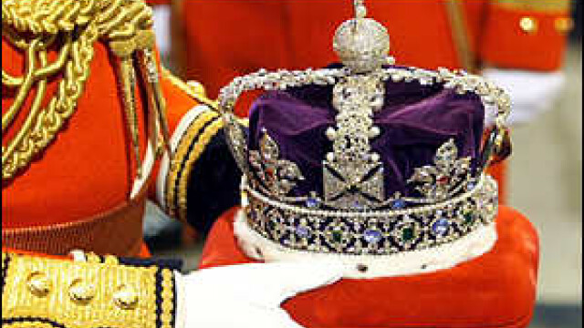 Femeile si catolicii vor putea mosteni tronul Marii Britanii