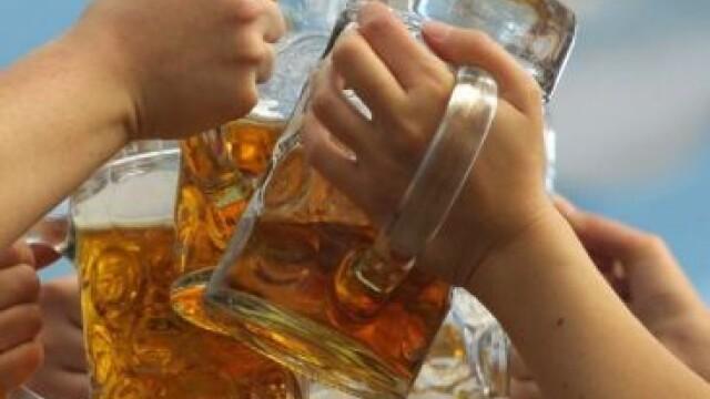 Un barbat din Spania a murit dupa ce a baut, in timpul unui concurs, 6 litri de bere in 20 de minute