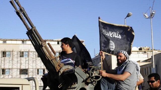 Cel putin 36 de morti si 70 de raniti in Libia. Militiile islamiste vor sa preia controlul asupra aeroportului din Benghazi