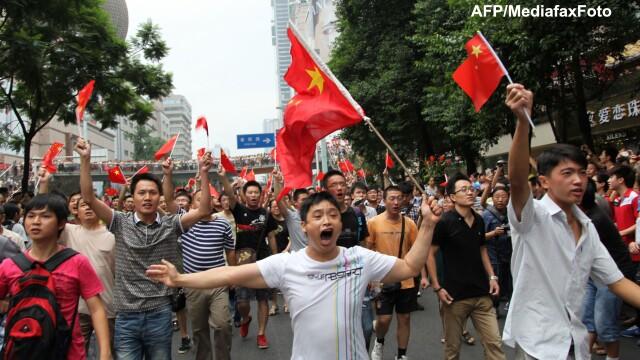 Conflictul din Asia ia amploare. Japonezii de la Canon si Panasonic isi opresc fabricile din China