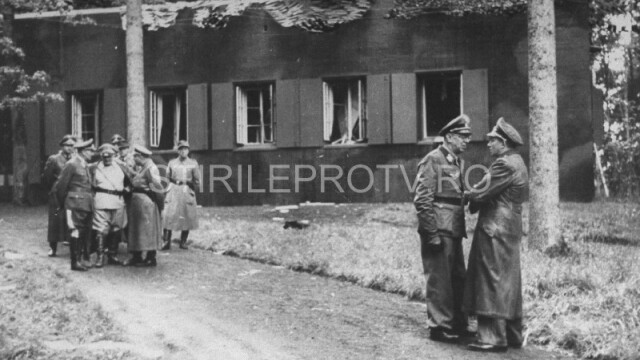 Complexul de buncare de unde Adolf Hitler coordona invazia Europei va fi transformat in muzeu - Imaginea 3
