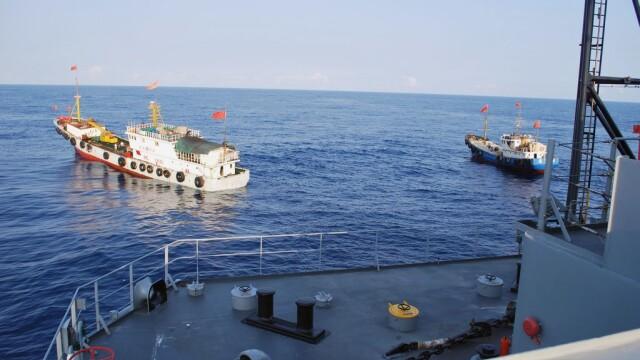 Trei nave rusesti de razboi au traversat stramtoarea Bosfor in drum spre Siria