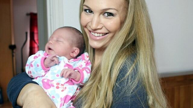 Anna Saccone cu fetita