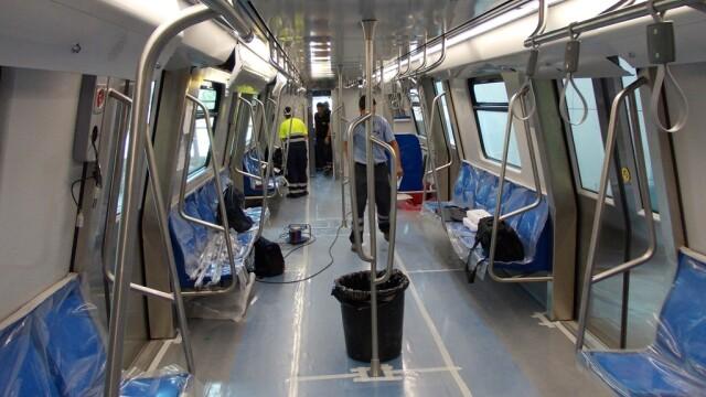 16 trenuri noi cumparate de Metrorex. Primele imagini cu noua garnitura de metrou din Bucuresti - Imaginea 2