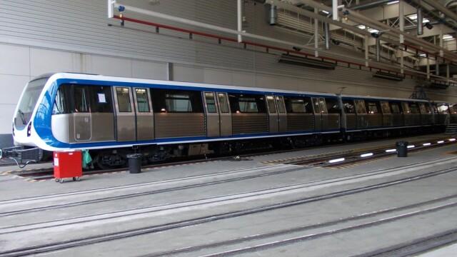 16 trenuri noi cumparate de Metrorex. Primele imagini cu noua garnitura de metrou din Bucuresti - Imaginea 6