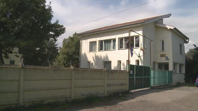 """Opt copii din Arad aflati in """"grija"""" statului au ajuns la spital cu hepatita A - Imaginea 1"""