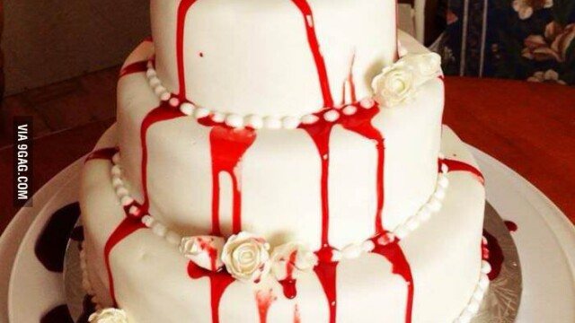 tort nunta rosie