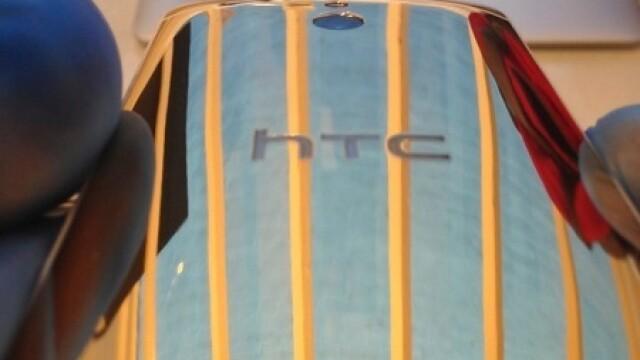 HTC One Mini Gold Edition. Cum arata telefonul de lux care costa 3000 de dolari - Imaginea 1