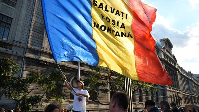 Proteste fata de proiectul Rosia Montana. Aproape 15.000 de oameni au iesit in strada, in Capitala - Imaginea 2
