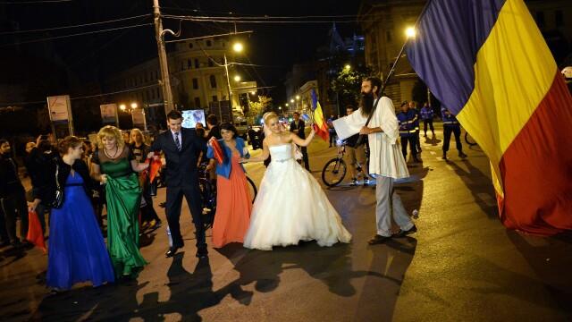 Proteste fata de proiectul Rosia Montana. Aproape 15.000 de oameni au iesit in strada, in Capitala - Imaginea 5