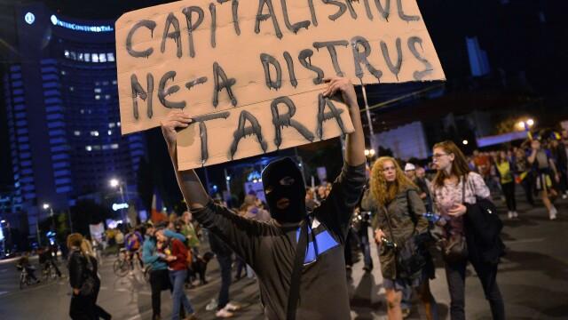 Proteste fata de proiectul Rosia Montana. Aproape 15.000 de oameni au iesit in strada, in Capitala - Imaginea 6