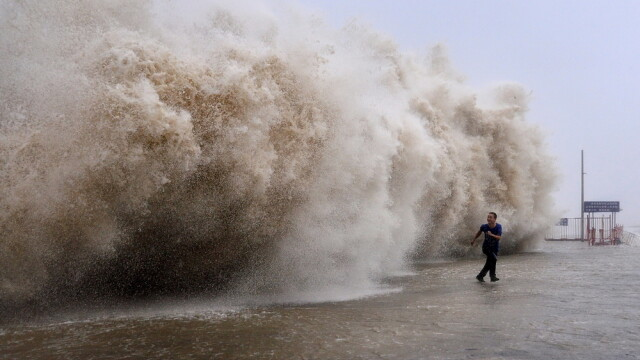 Taifunul Usagi a facut cel putin 25 de morti in sudul Chinei