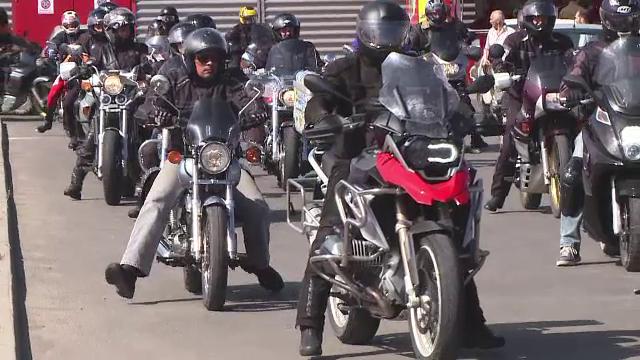 Imagini de la cea mai mare adunare de motociclisti din tara. S-au strans in Covasna sa ceara dreptate pentru colegul lor mort