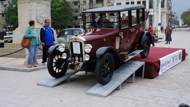 Tomitans' Clasic Cars Constanta. Raliul masinilor de epoca, vechi de 95 de ani. GALERIE FOTO - Imaginea 2