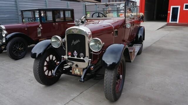 Tomitans' Clasic Cars Constanta. Raliul masinilor de epoca, vechi de 95 de ani. GALERIE FOTO - Imaginea 4