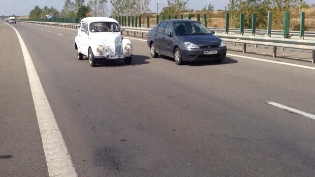Tomitans' Clasic Cars Constanta. Raliul masinilor de epoca, vechi de 95 de ani. GALERIE FOTO - Imaginea 8