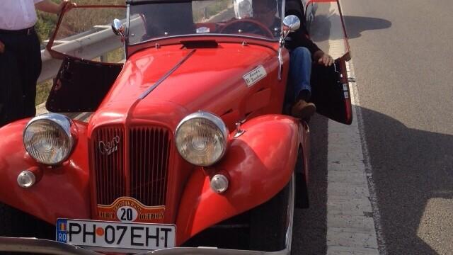 Tomitans' Clasic Cars Constanta. Raliul masinilor de epoca, vechi de 95 de ani. GALERIE FOTO - Imaginea 16