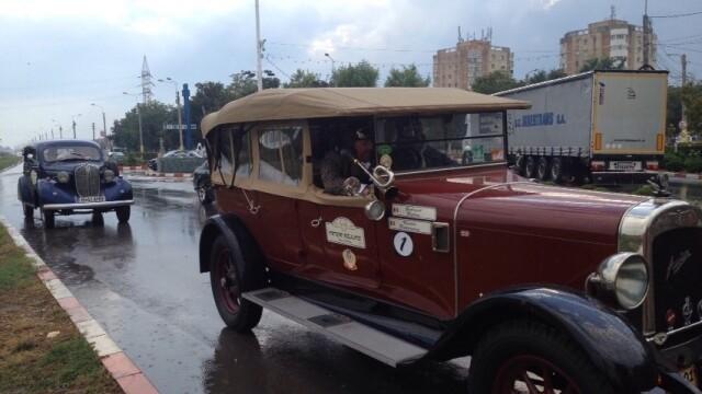 Tomitans' Clasic Cars Constanta. Raliul masinilor de epoca, vechi de 95 de ani. GALERIE FOTO - Imaginea 24