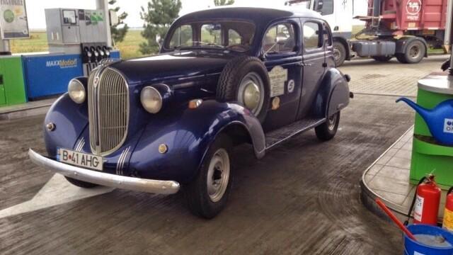 Tomitans' Clasic Cars Constanta. Raliul masinilor de epoca, vechi de 95 de ani. GALERIE FOTO - Imaginea 45