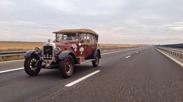 Tomitans' Clasic Cars Constanta. Raliul masinilor de epoca, vechi de 95 de ani. GALERIE FOTO - Imaginea 43