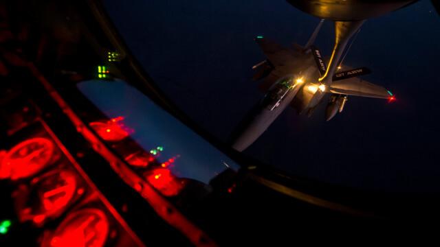 Noile avioane invizibile ale SUA au fost folosite in lupta. PRIMELE imagini cu armele americane de 150 mil. dolari/bucata - Imaginea 1