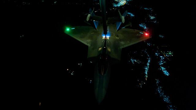 Noile avioane invizibile ale SUA au fost folosite in lupta. PRIMELE imagini cu armele americane de 150 mil. dolari/bucata - Imaginea 5