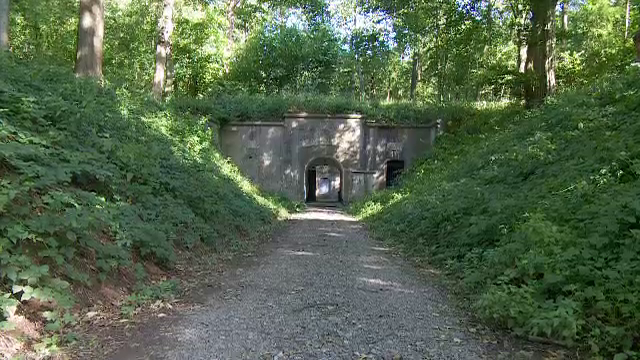 O fortificatie din Belgia, din secolul XIX, scoasa la vanzare cu 1 mil. euro. Ce mai cuprinde oferta agentiei imobiliare