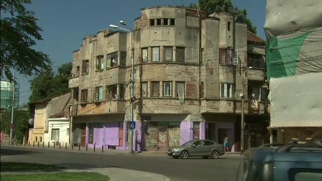 Sanctiuni uriase pentru proprietarii cladirilor neingrijite din marile orase. Comisia de buget a decis majorarea impozitului