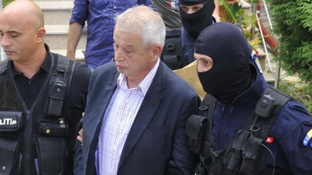 Perchezitie in celula lui Sorin Oprescu. Ce risca fostul primar dupa ce politistii au descoperit ca avea insulina injectabil