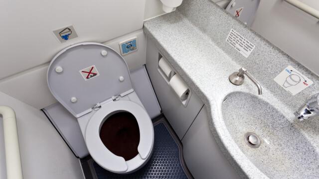 toaleta avion