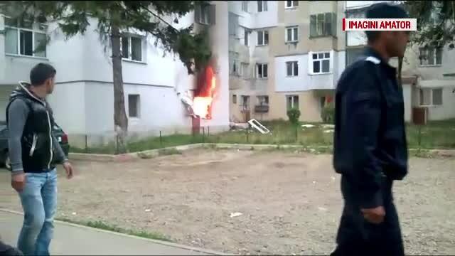ANIMATIE GRAFICA. Infern intr-un loc din Botosani, dupa ce un barbat a aruncat in aer o butelie. Noua oameni au fost raniti - Imaginea 3